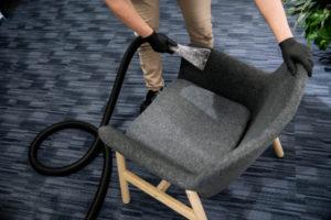 čištění nízkou vlhkostí